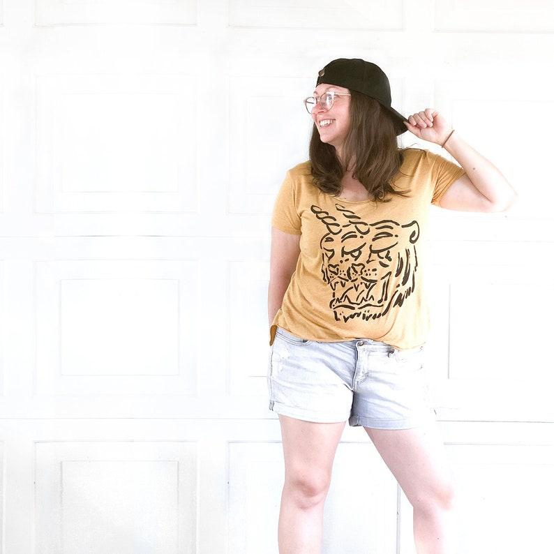 Uni Tigers   //  Ladies Hi-Low Tee image 1