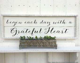 GRATEFUL HEART | Shiplap Sign | Farmhouse Sign | 33 x 11