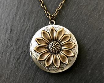 Sunflower Locket Nature Inspired Gift Antique Brass Victorian Locket Garden Flower Keepsake Gift Vintage Inspired Silver Floral Locket Gift