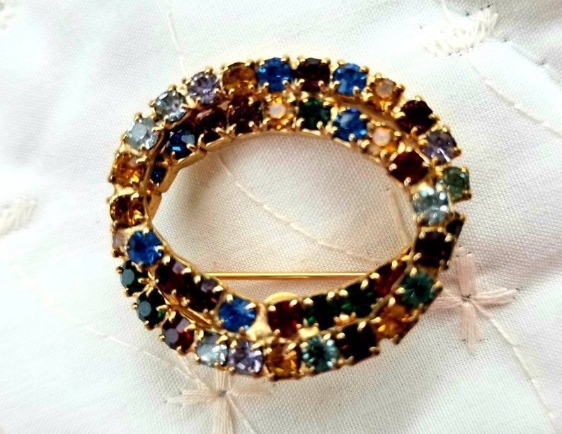 Vintage Infinity Eternal Multi Color Rhinestone Prong Set Double Oval Brooch Pin