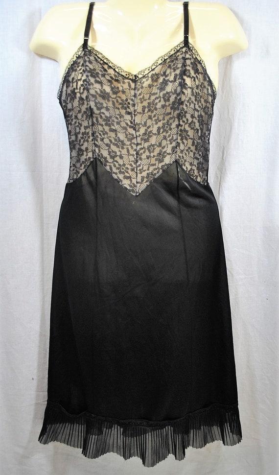 1940s Black Full Slip Floral Lace Accordion Pleats
