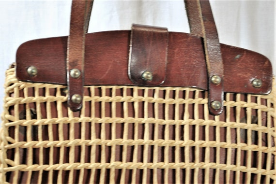 Vintage 60s Woven Straw and Leather Top Handle To… - image 4