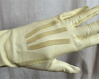 Vintage Early 1900s Ivory Kid Leather Gloves, Made in France, Victorian Snaps, Decorative Stitching