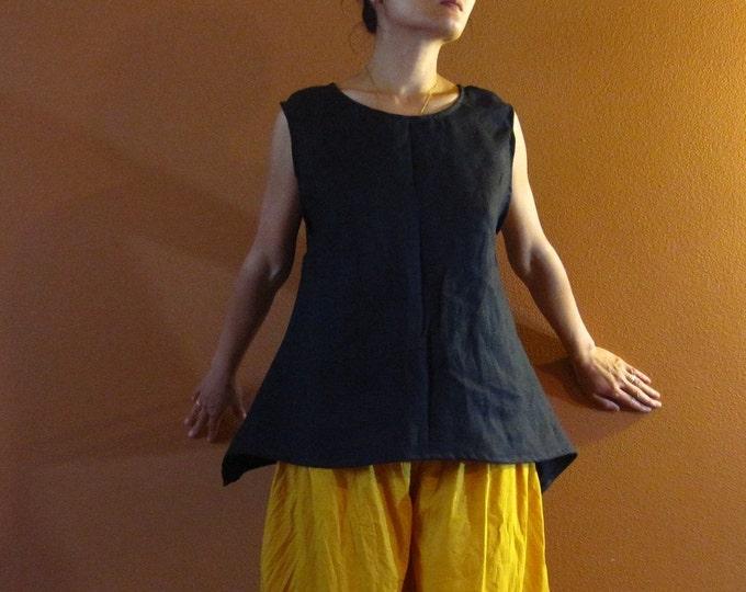 custom simple wavy linen top /  minimalist linen top / linen vest top / linen sleeveless top / custom made for all sizes / custom colors