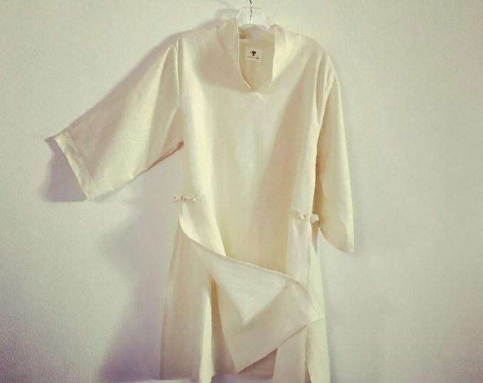 ready to wear cream  linen ao dai tunic blouse / size M / cream medium weight linen ao dai robe / ready to wear