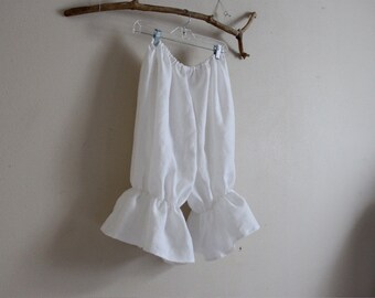 linen bloomers made to order / plus size bloomers / linen Capri / women bloomers / linen costume / balloon pants / women linen pants