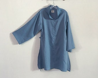 sky blue summer linen ao dai tunic blouse - size M -ready to wear
