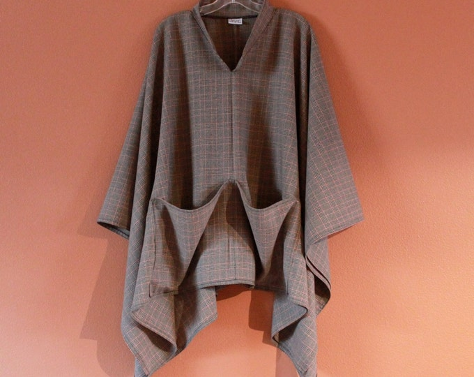 made to order light weight wool swallow poncho / tropical weight plaid wool poncho / plus size fit / free size / check print wool poncho