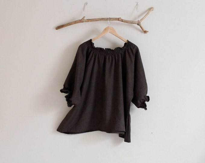 biodegradable clothing / oversized  relax shirring linen top made to order / loose comfy linen top / smocked neckline / plus size fit