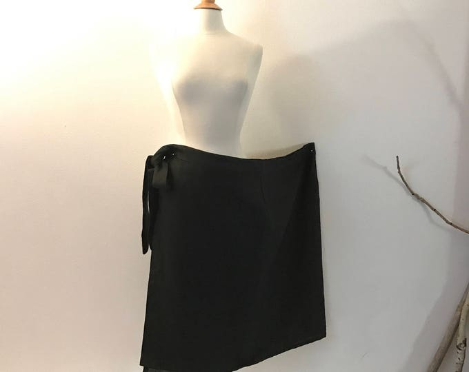 black linen minimalist mid calf length wrap skirt only ready to wear / free size black linen wrap skirt / pre made black wrap skirt / skirt