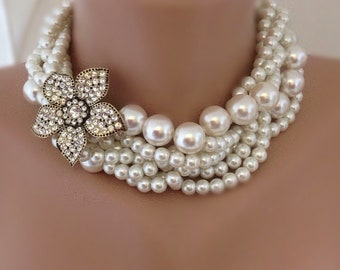 e63e11cf0eb7 Pearl statement necklace
