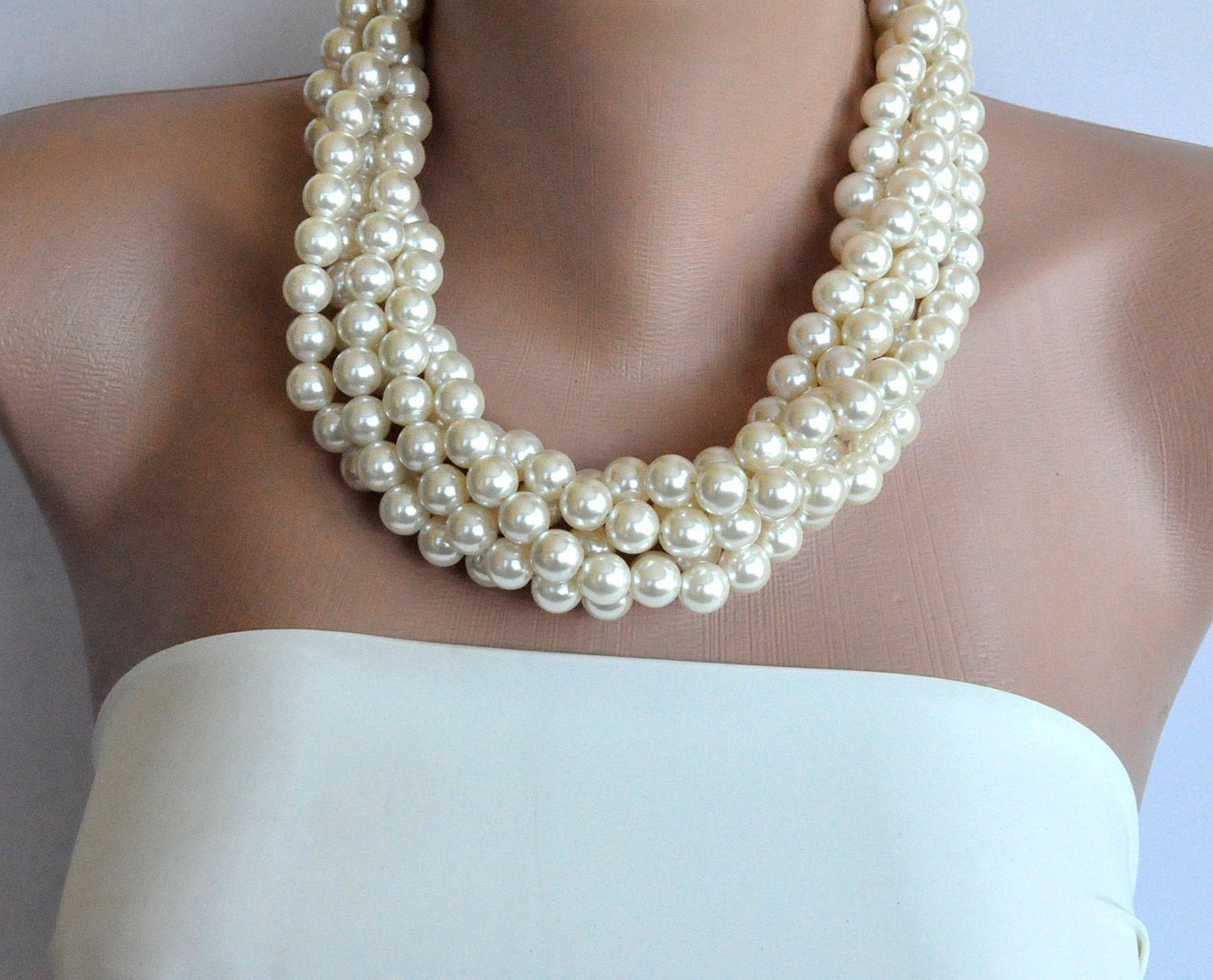 6 Bridesmaids Gift Necklaces ivory pearls for wedding Bridesmaids Gifts  Ivory Pearl Necklaces