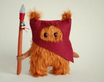 Star Wars Ewok Fur.12cm. DarkRed.