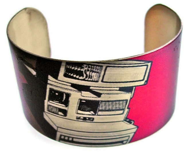 Vintage Camera cuff bracelet Free Shipping to USA  vintage style brass Gifts for her
