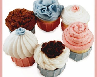 CUPCAKES - PDF Felt Food Pattern (Six Assorted Cupcakes with Removable Baking Cups)