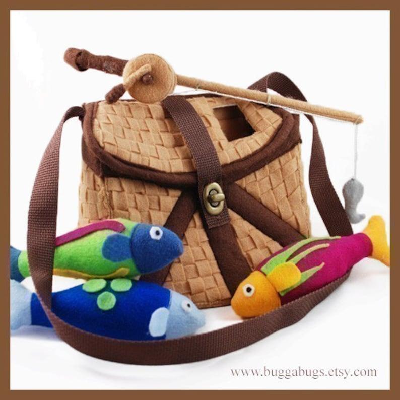 GONE FISHIN'  PDF Pattern Fishing Basket Fish Fishing image 0