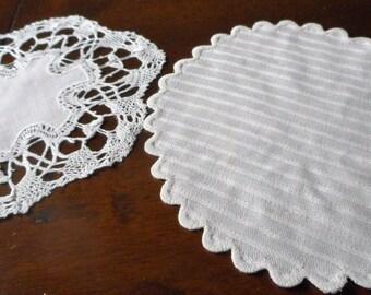 2 Jahrgang Feingewinde Spitze & Stoff Teetasse Deckchen
