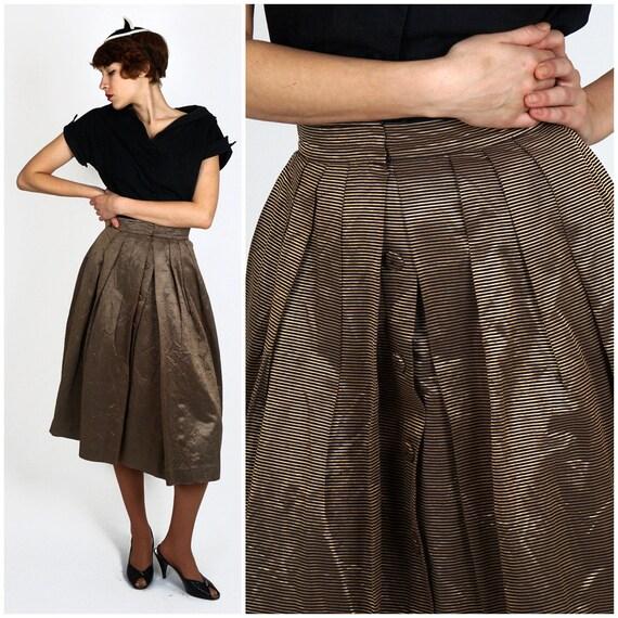 Vintage 1950s Metallic Bronze & Black Striped Fit
