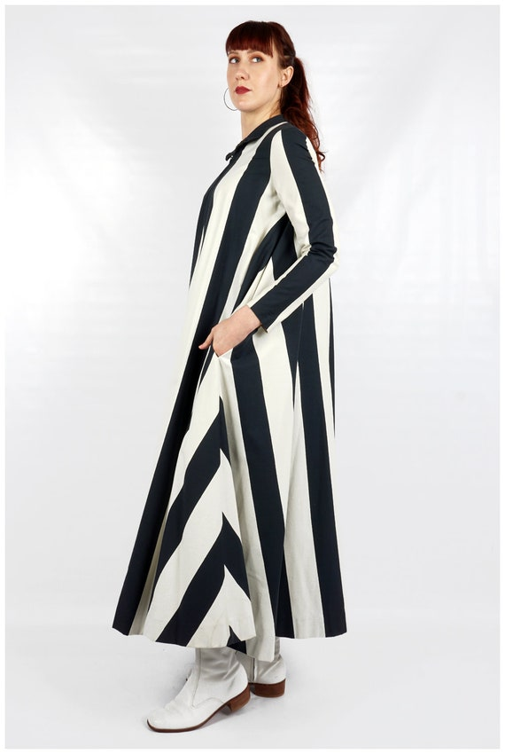 Vintage 1960s Navy and White Striped Collared Max… - image 2