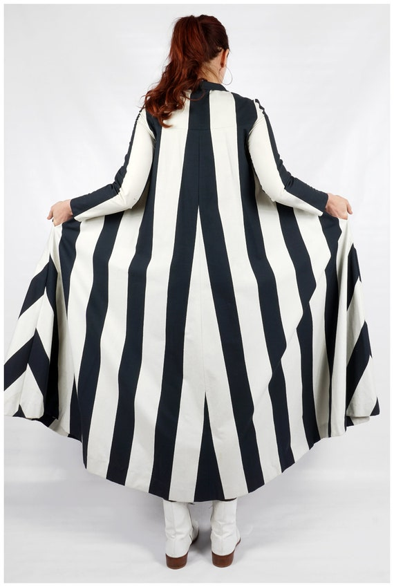 Vintage 1960s Navy and White Striped Collared Max… - image 9