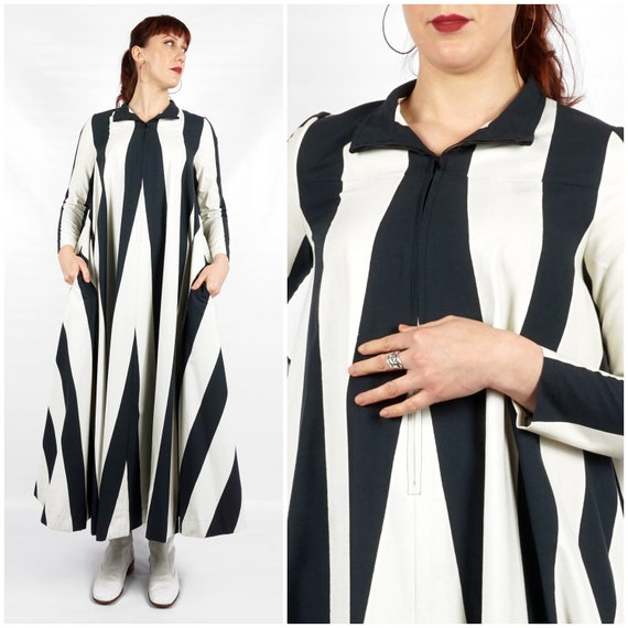 Vintage 1960s Navy and White Striped Collared Max… - image 1