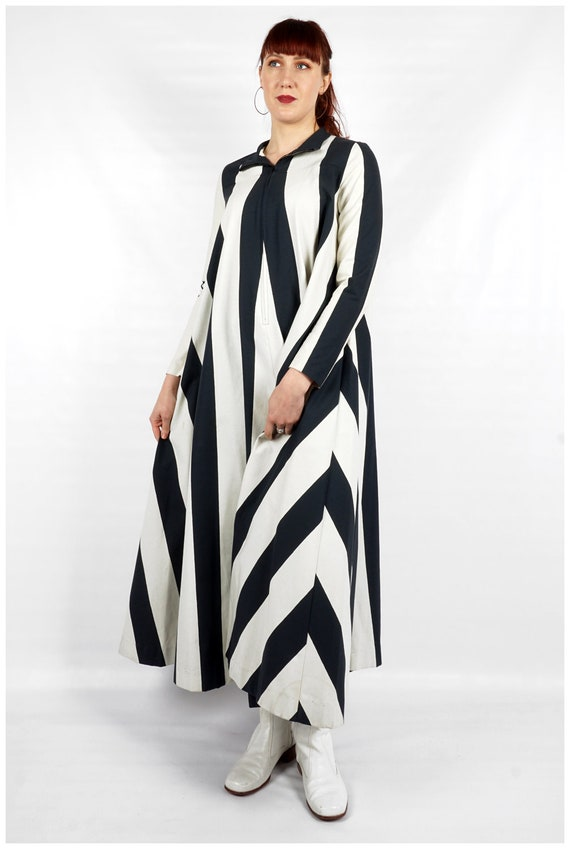 Vintage 1960s Navy and White Striped Collared Max… - image 3