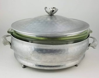 4 Piece Hammered Aluminum Pyrex Casserole Serving Dish - Midcentury - Hand Wrought - Farmhouse - Cottage - Thanksgiving - 1930s Thanksgiving