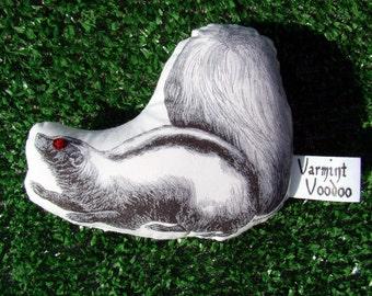 Varmint Voodoo Skunk Edition - Supernatural Pest Control - Voodoo Doll - Novelty Gift - Dog Lover - Chicken Farmer - Driving Hazard - Stinky