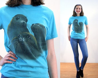 80s Baby Seals T-Shirt XS, Vintage Ocean Animal Tee, 'Huntsman Aquarium' Cute Blue 1980s Graphic Marine Science Shirt, Extra Small