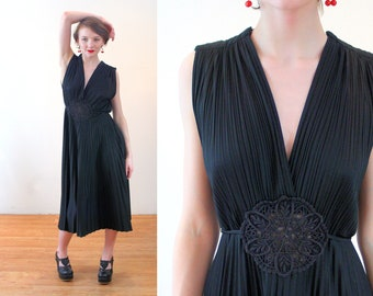 4f125b0ed A glorious selection of vintage fashion by MorningGlorious on Etsy