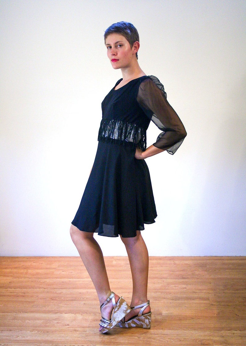 Mod Silver Sheer Black Cocktail Party Flapper Vintage 60s Fringe GoGo Dress M Medium