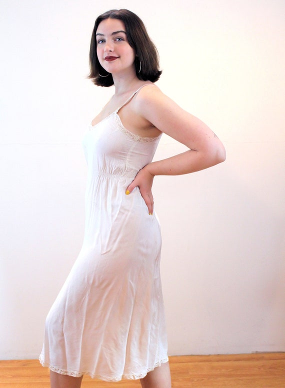 40s Maternity Slip 34 S, Lady in Waiting White Ra… - image 4