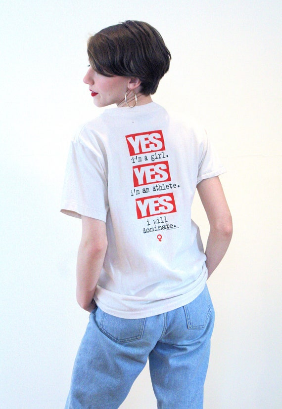 1996 Vintage Women Athletes Feminist Sports Tee Small 90s Girls Dominate T-Shirt S