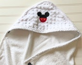 Personalized-Kids-Towels-Baby-Boys-Hooded-Mickey-Mouse-Minky-Dot-Bath-Beach-Swim-Suit-Cover-Up-Terry-Swimwear-Toddler-Shower-Birthday-Gift