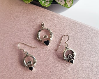 VINTAGE 925 sterling silver claddagh drop earring and pendant set