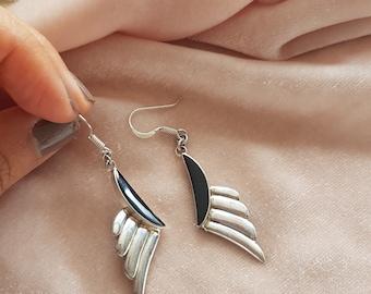 90s sterling silver onyx deco earrings. Vintage geometric drop earrings. Minimalist onyx earrings.