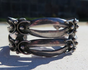 Vintage 50s Mexico Taxco Silver Wide Cuff Bracelet Signed R Chavarrieta 3 Eagle