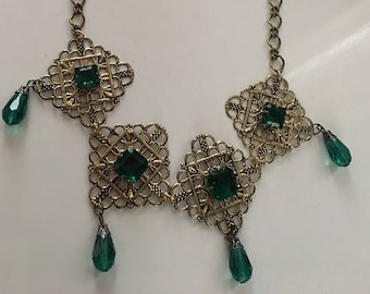 Medieval Renaissance Fantasy Emerald Green and Gold Necklace