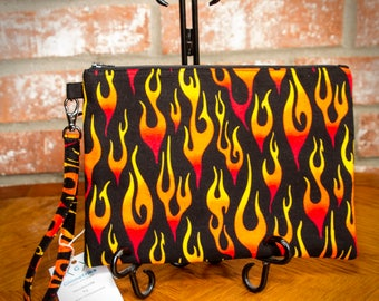 Handmade Wristlet, Wristlet Clutch, Flames Clutch, Motorcycle, Gym Purse, Gift for Her, Gift Under 20, Small Handbag, Zipper Bag, Black. Red