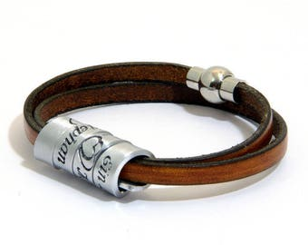 """Customizable William Shakespeare's Merchant of Venice """"So Shines a Good Deed in a Weary World"""" Engraved Bracelet w/Scroll, Made to Order"""