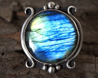 Sterling Silver - Mirror Mirror on the Wall Labradorite Ring Size 8