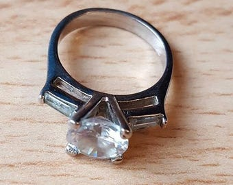 Stunning Silver and Cubic Zirconia Promise Ring - Size 5 - Bella Mia Beads - READY TO SHIP