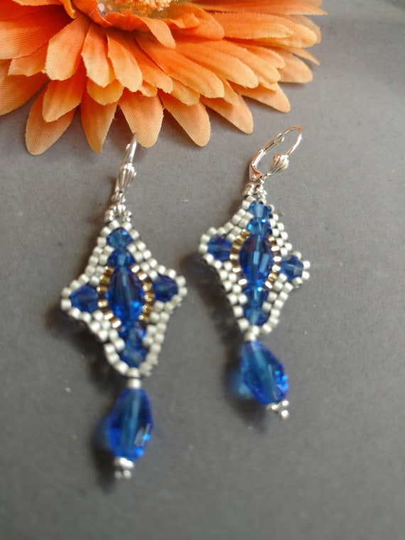Vintage blue beads and crystals 3 strands with matching leverback dangle earrings