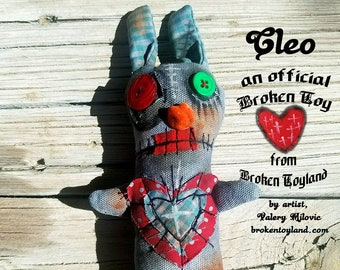 Cleo - Broken Toy, one of kind original, outsider art, outsider folk, folk art dolls, rag dolls, dark art, handmade dolls, 4x9