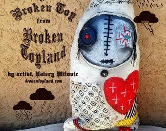 Marydeth 01 Broken Toy - one of kind original, outsider art, outsider folk, dolls, folk art dolls, rag dolls, dark art, handmade dolls, 5x13