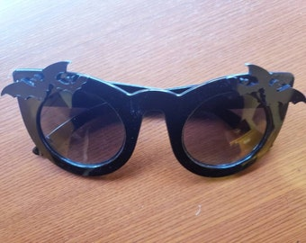 Nocturne Black Oversize Cateye Sunglasses Bats Vampire Vamp Gothic Goth Bat Glossy more colors