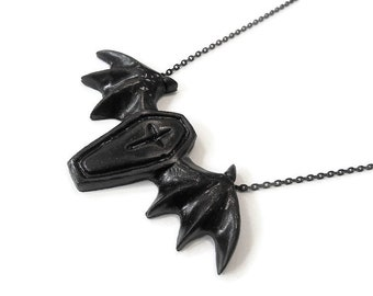 Large BAT Coffin Resin Necklace Torture Couture Gothic Goth Horror Con Bloody Gory Macabre Monster Squad Villain Lolita bleeding blood egl