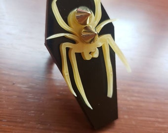 Marbled Spider Coffin Ring