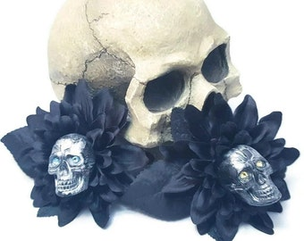 Crystal SKULL Black Dahlia Flower Clip Hair Floral Torture Couture Gothic Goth Pinup Lolita Taxidermy bones animal Fascinator