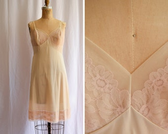 "1970s Slip | Florence | Vintage 70s Vanity Fair Sandy Nude Nylon Full Slip with Rosy Floral Lace Behind Mesh Classic Shape Bust 36"" / M"